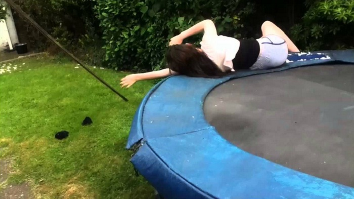 fall down from trampoline surface