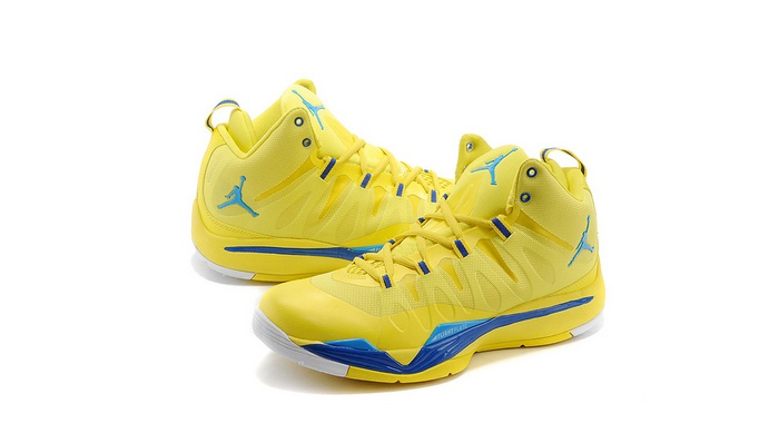 Superfly 2 Basketball Shoes