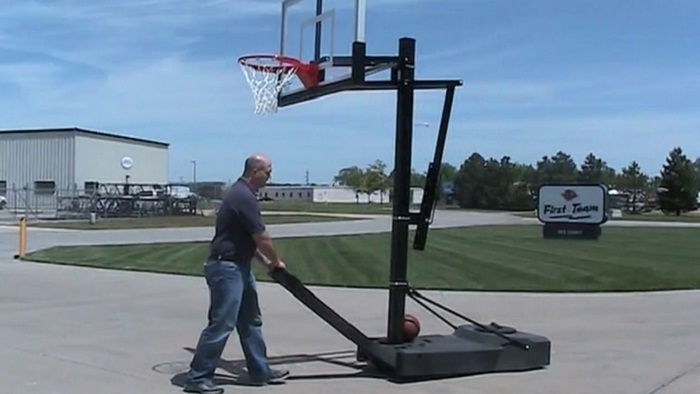 Portable Basketball Goal